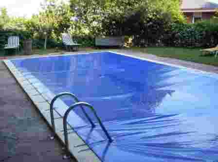 Cobertores de piscina for Cobertor de piscina automatico