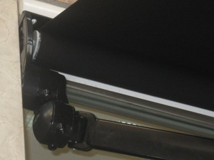 Toldos en l hospitalet de llobregat cortitoldo for Como colocar un toldo de brazos invisibles